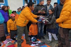 Lhakpa Sherpa of Sherpa Landscaping coordinated a clothing drive